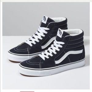 Vans Sk8-Hi Sneakers in Black Size 8.5